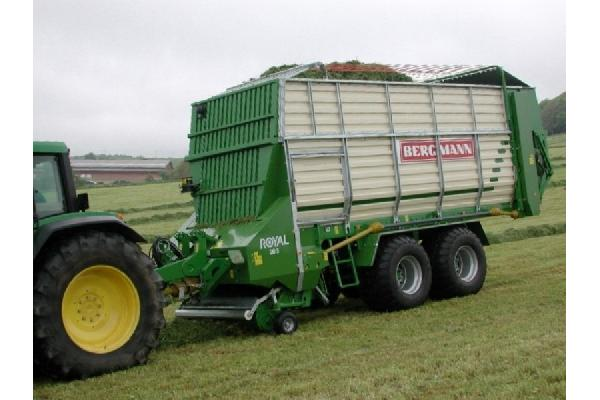 bergmann > ROYAL 28 S - 50,4 m³ - Pick-up 1,90 m. - eje tandem 16 Tons. - freno hidráulico